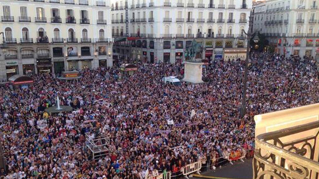 La Puerta del Sol se llena de madridistas en la celebración de 'la Décima'