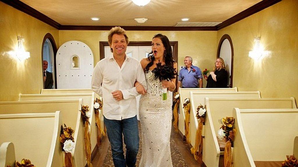 Bon Jovi,fan,altar,boda Las Vegas,