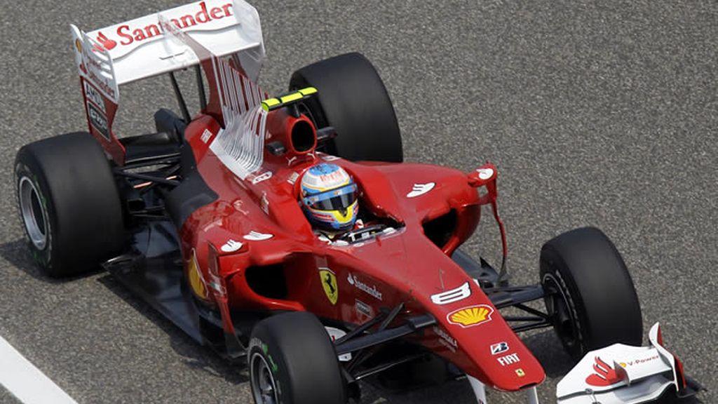 Alonso, durante los entrenamientos en China
