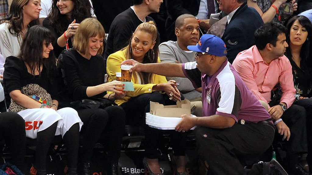 Beyoncé y Jay Z reaparecen juntos tras el polémico parto