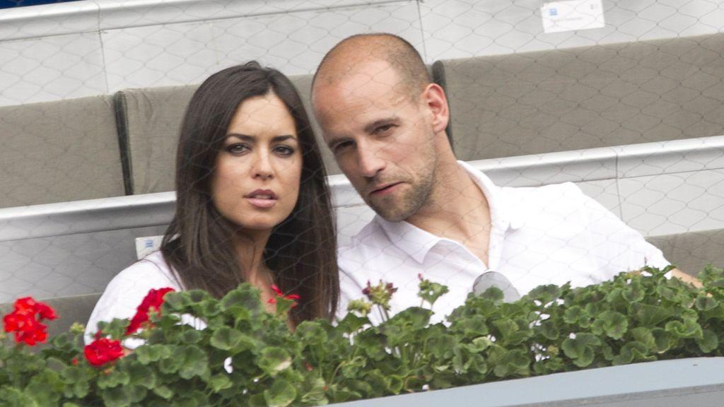 Gonzalo Miró y su novia