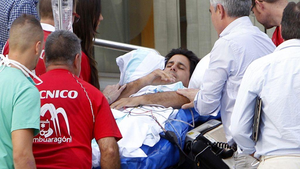 Francisco Rivera Ordóñez llega a la clínica Quirón de Zaragoza