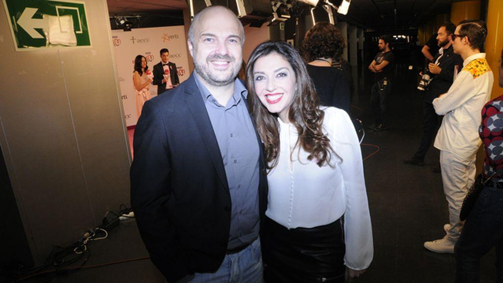 Javier Nieves y Mar Amete, presentadores del concierto benéfico Por ellas