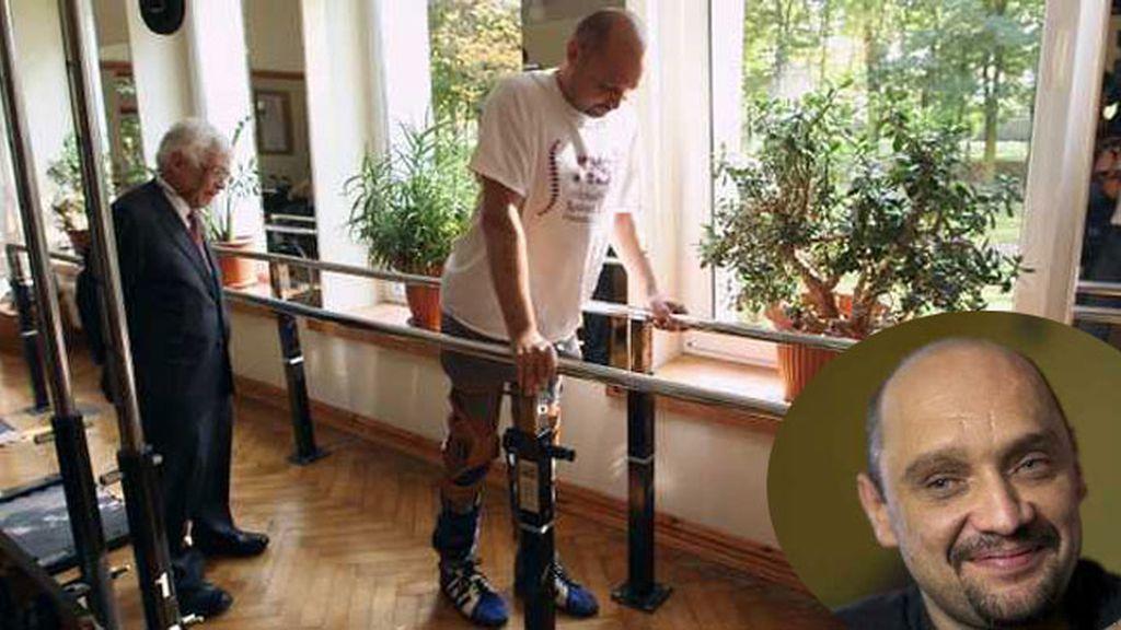 parálisis,Darek Fidyka,paralítico,vuelve a caminar,trasplante de células madres,parapléjico