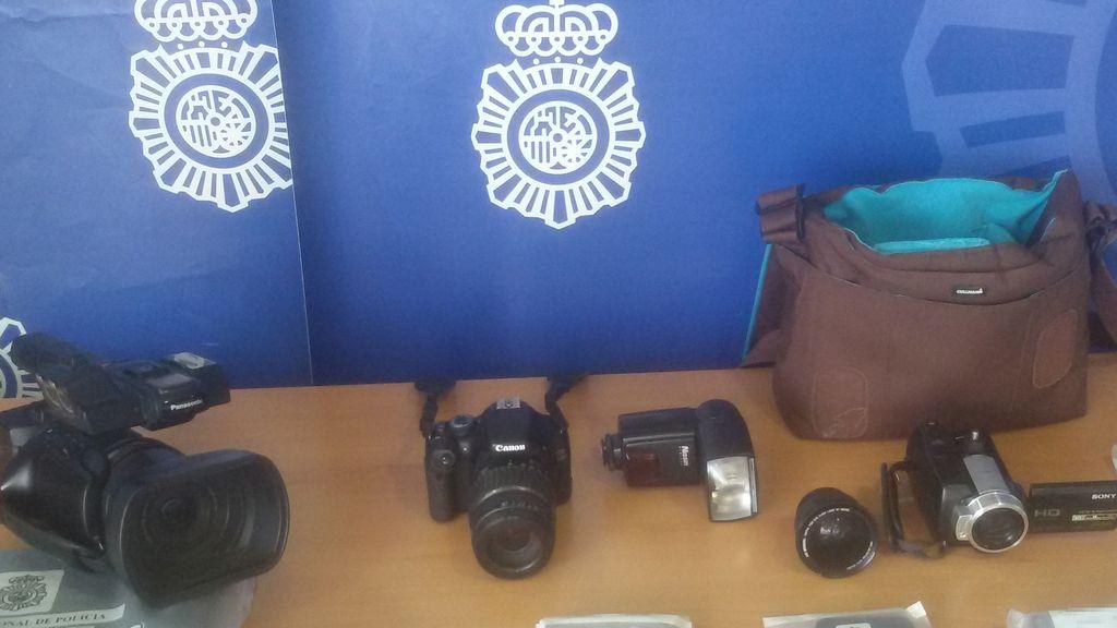 Detenido en Elche un hombre que aseguraba ser fotógrafo en redes sociales para abusar de menores