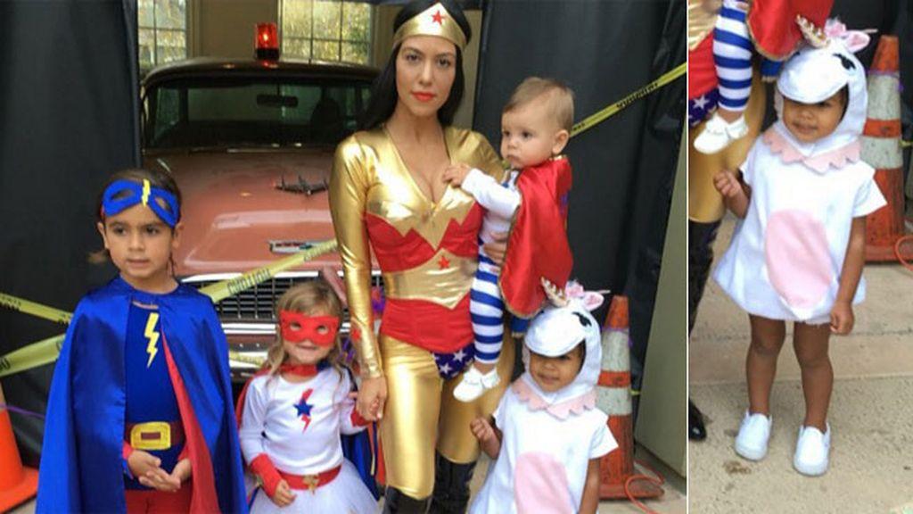 Kourtney Kardashian, sus hijos y su sobrina North West disfrazada de unicornio
