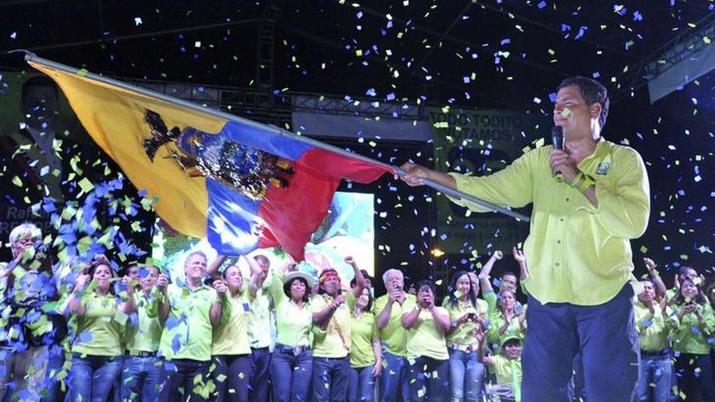 Rafael Correa cierra la campaña electoral en Guayaquil (Ecuador)