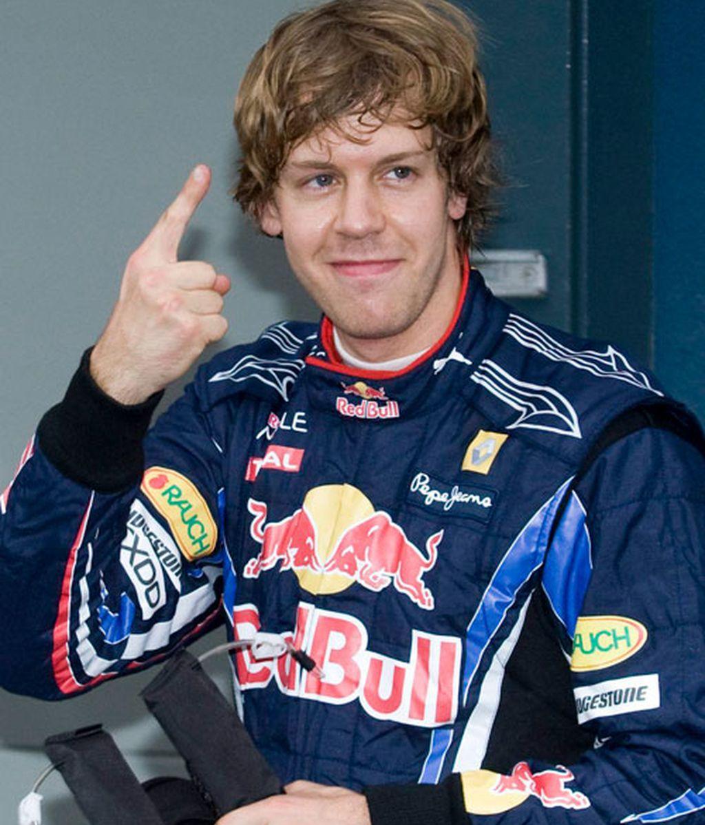 Vettel celebra su victoria en los terceros libres