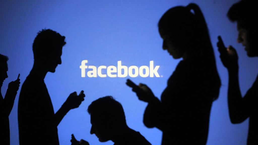 Indemnizado con 135.000 euros después de que un mensaje en Facebook arruinase su vida