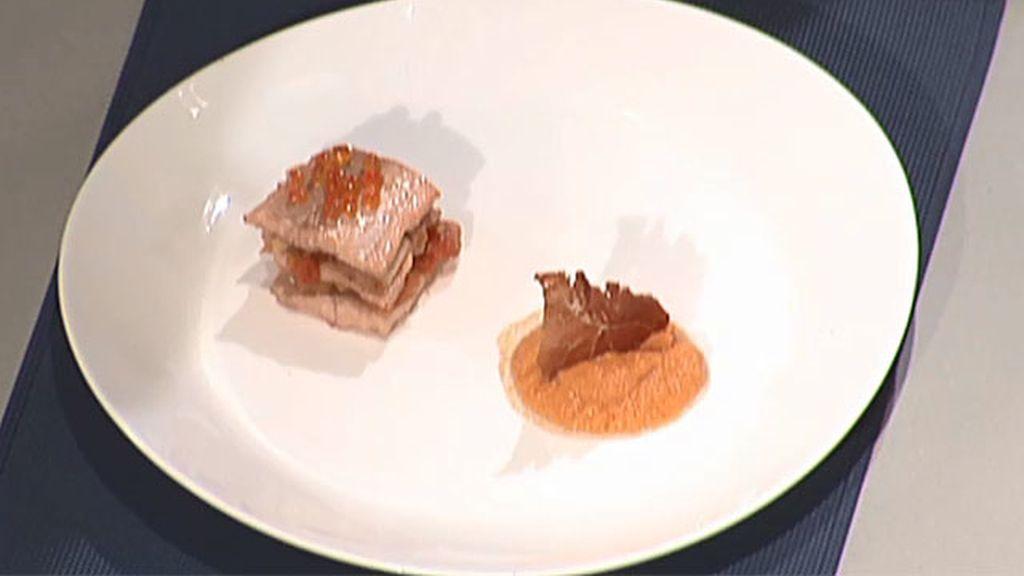 Trucha con porra antequerana y crujiente de jamón