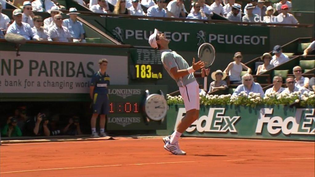 Djokovic lamenta un punto durante el primer set.