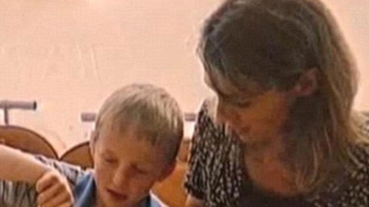 Rusia amenaza con suspender las adopciones de niños por familias norteamericanas. Vídeo: Informativos Telecinco