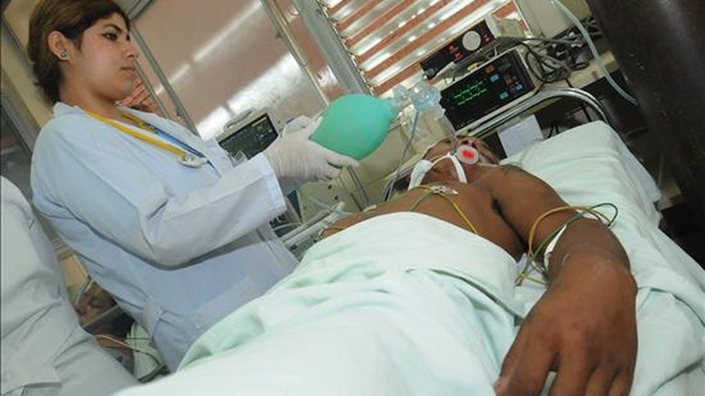 La epidemia que afecta a Bolivia es la peor de los últimos 20 años y supera en gravedad a la sufrida en 2007 en Paraguay, donde hubo 27.000 infectados y 17 fallecidos. EFE/Archivo