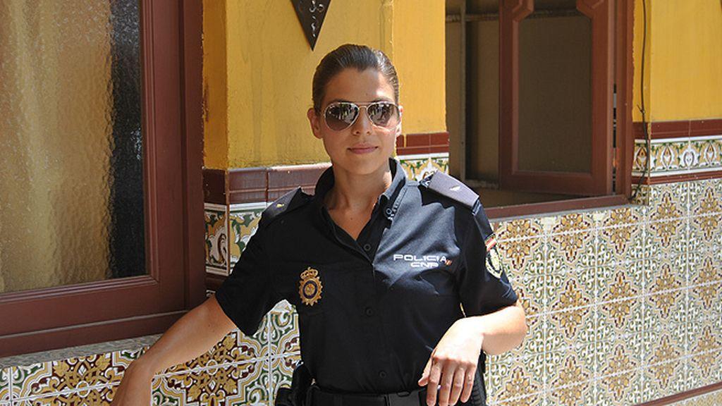 Mati (Thaïs Blume), una mujer policía en ambiente hostil