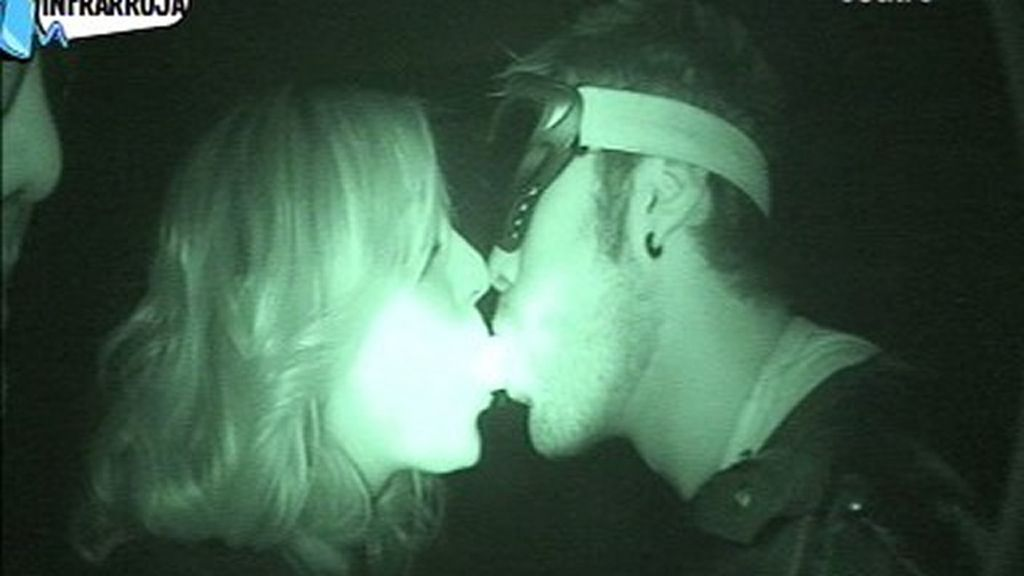 Anna Simón y Dani Martínez, en el cuarto oscuro