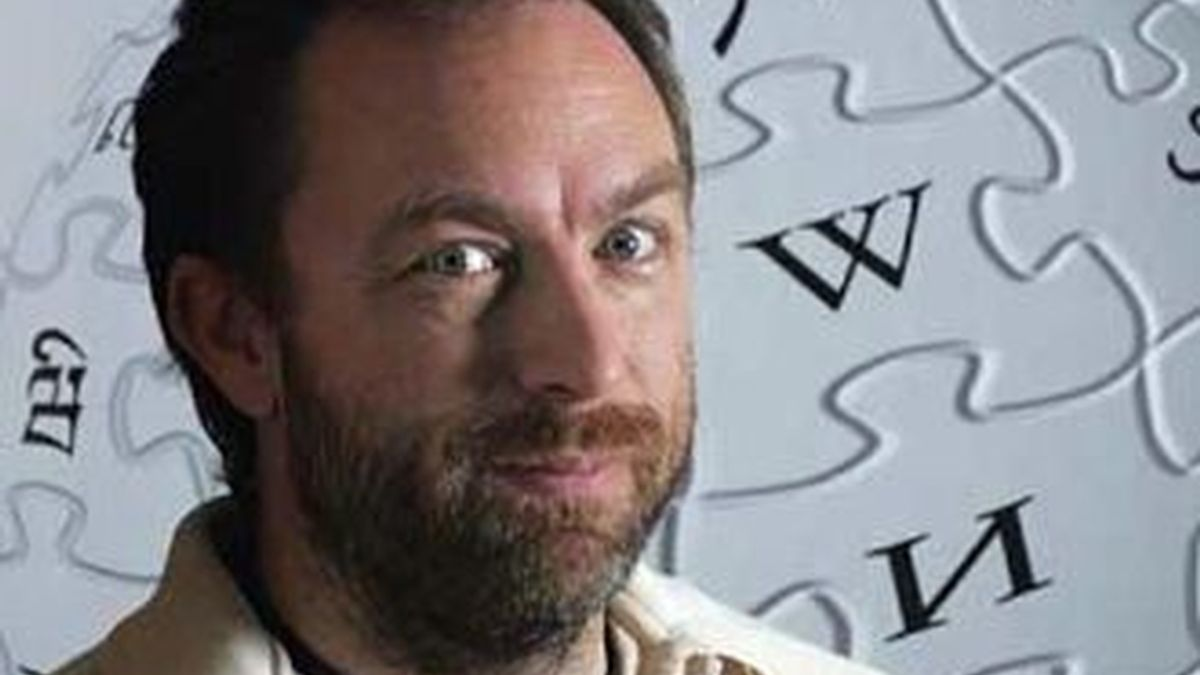 Jimmy Wales, fundador de la Wikipedia, agradeció en un mensaje el aporte millonario de los internautas para salvar la independencia de la enciclopedia virtual.