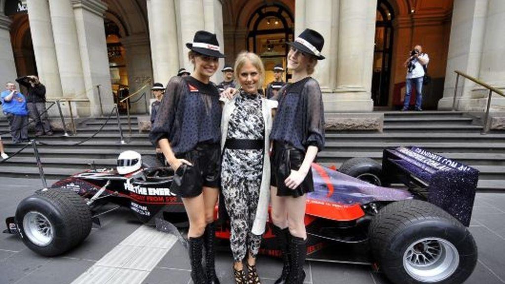 Las 'pitgirls' de Melbourne ya tienen uniforme