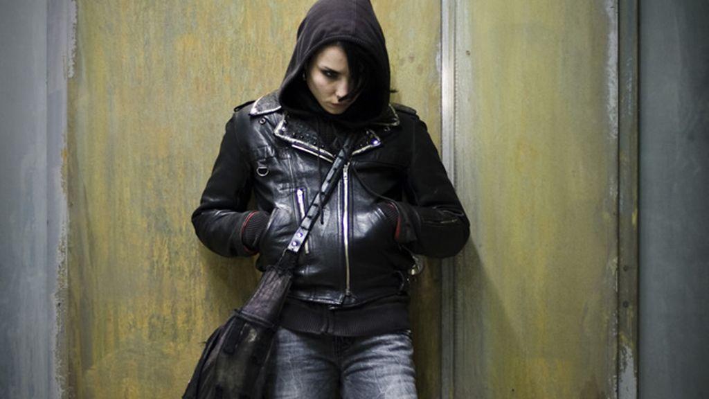 Noomi Rapace como Lisbeth Salander