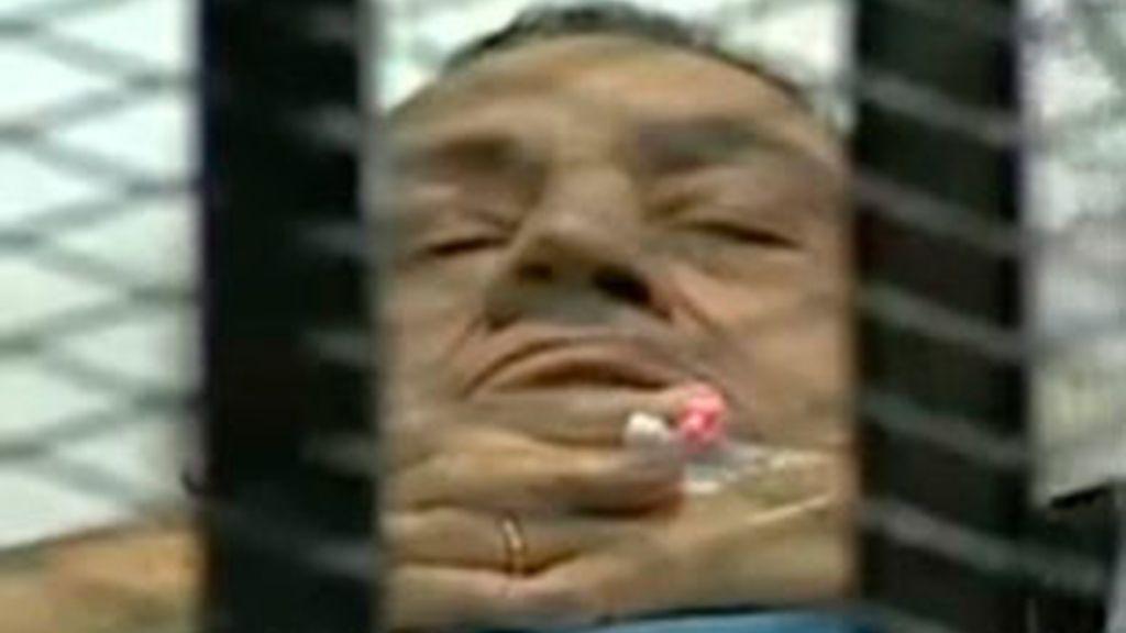 Aplazado el juicio contra Hosni Mubarak. Video: Informativos Telecinco