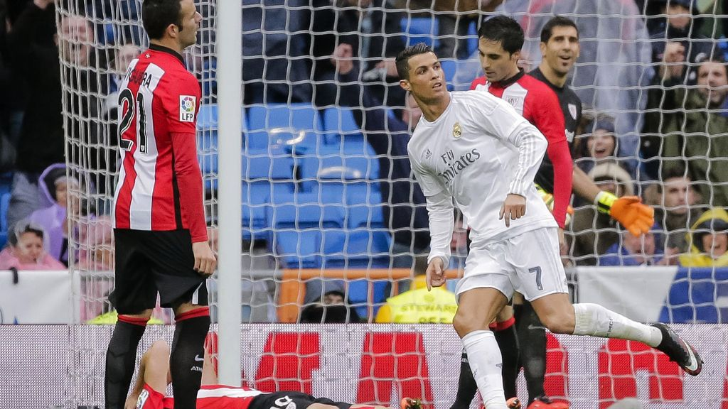 Cristiano Ronaldo marca al Athletic de Bilbao