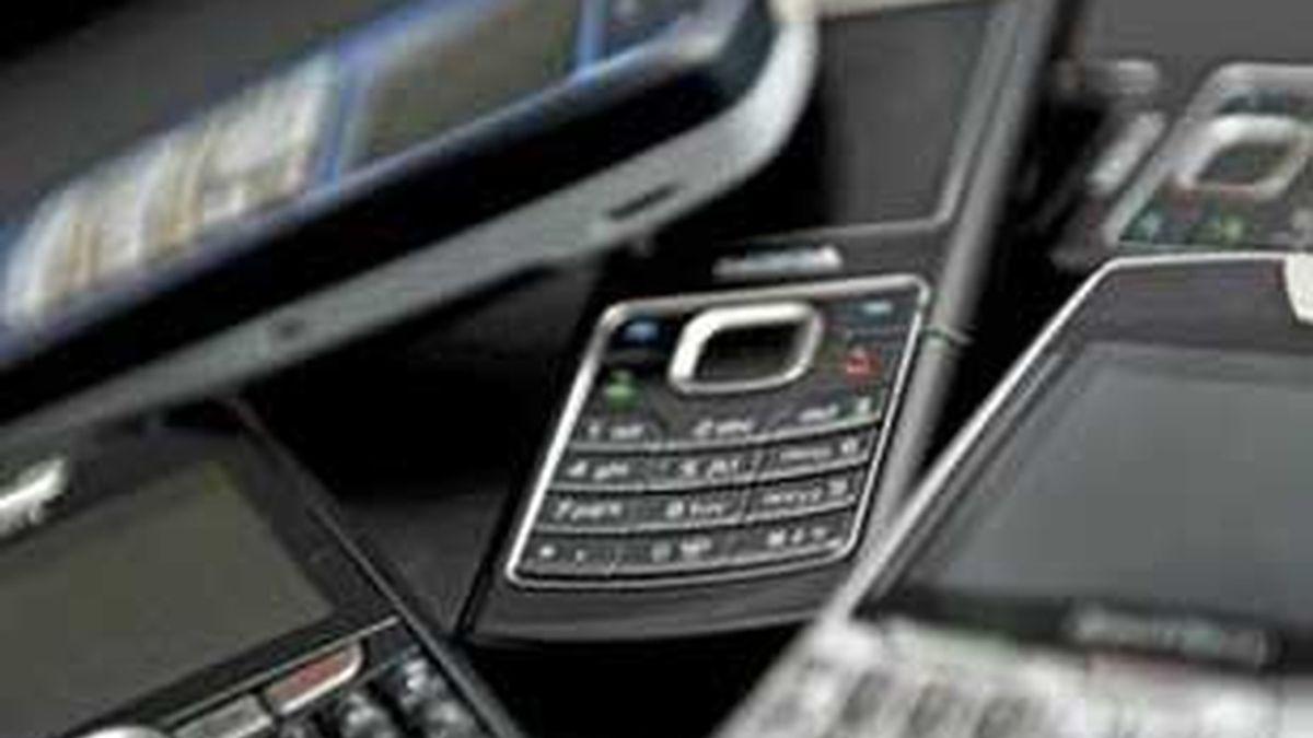 Se atribuirá a las comunicaciones móviles 80 millones de números del rango siete. Foto: EFE.