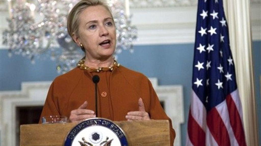 Hillary Clinton, en rueda de prensa tras reunirse con el ministro de Exteriores portugués, Paulo Portas