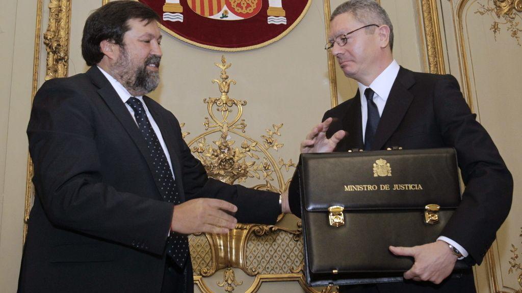 Alberto Ruíz-Gallardón recibe la cartera de Justicia