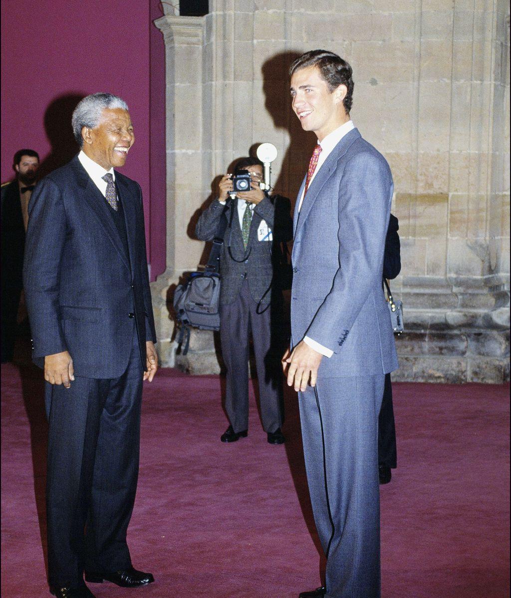Recibió numerosos premios, entre ellos el Príncipe de Asturias en 1992