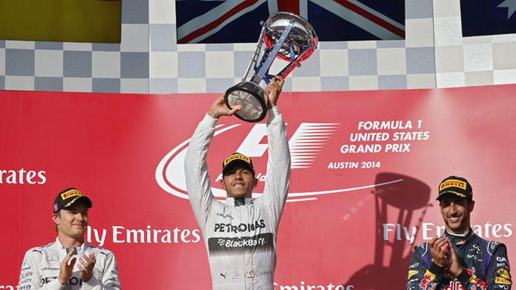 Hamilton gana en Austin y afianza su liderato