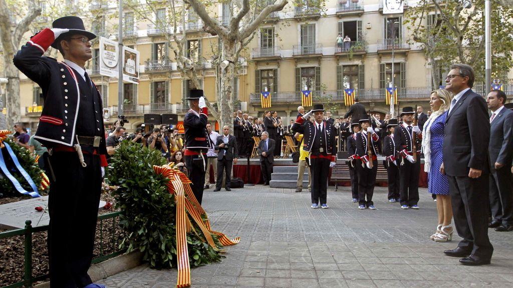 Artur Mas en la ofrenda floral al monumento de Casanovas