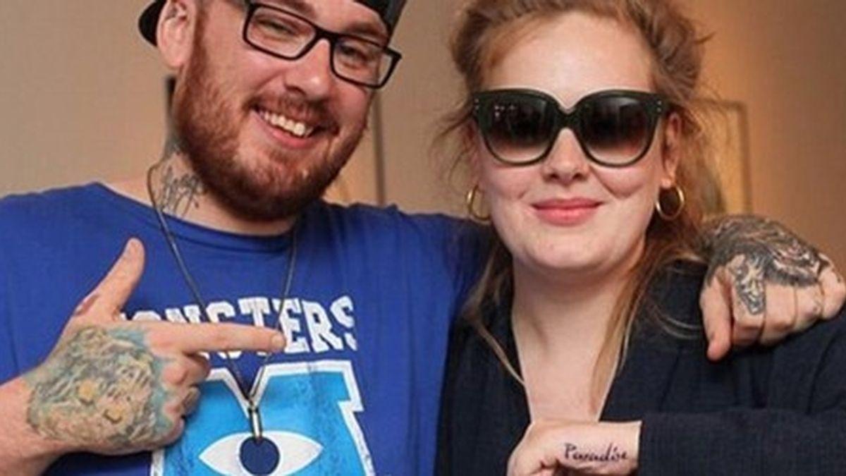 Adele le copia el tatuaje a Lana del Rey