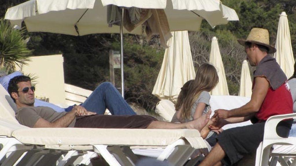 Luis Figo, ex de Real Madrid y Barça, es un asiduo de Ibiza