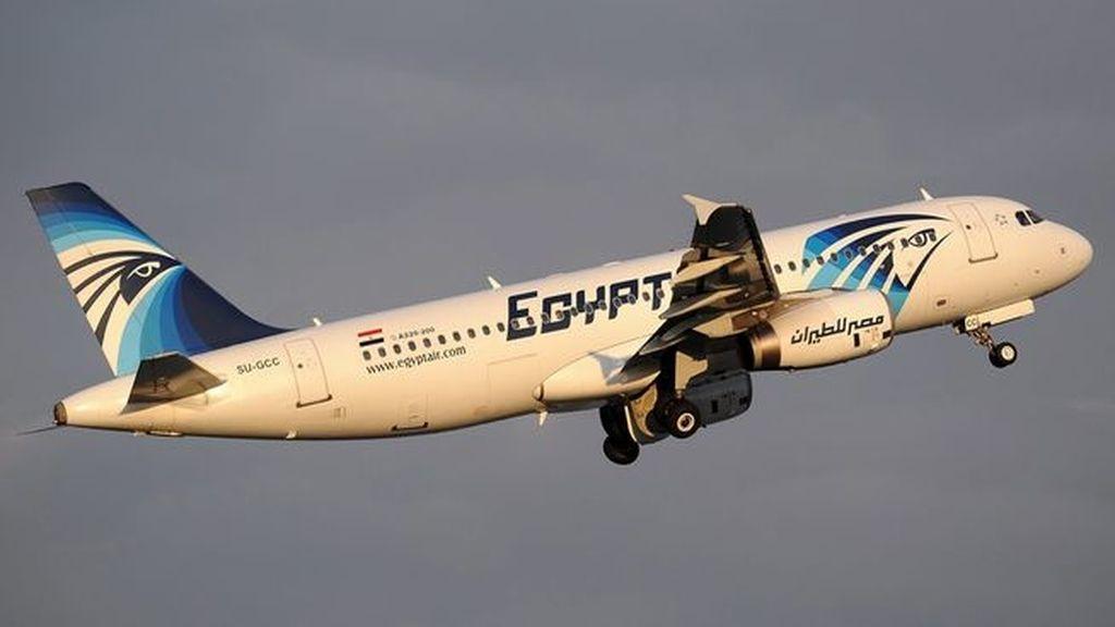 Recuperada una de las cajas negras del avión de EgyptAir