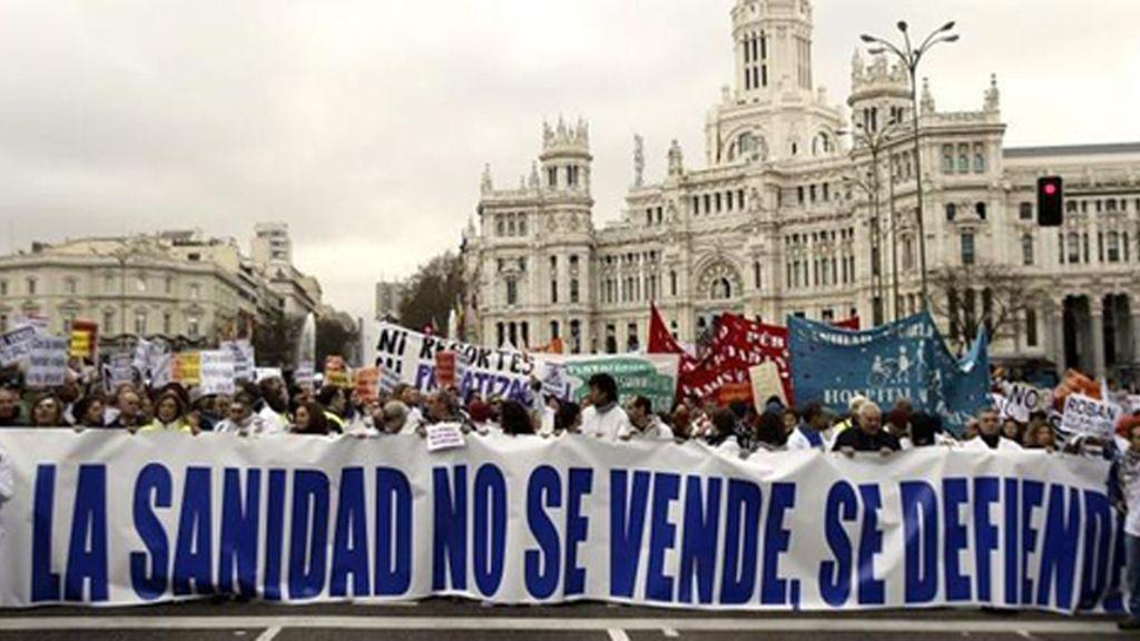 Un juzgado de Madrid vuelve a suspender cautelarmente la externalización de 6 hospitales