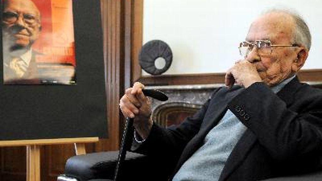 Fallece Santiago Carrillo