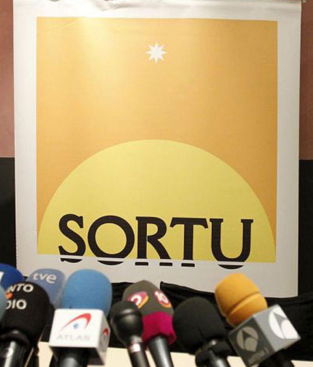 El grupo de mediadores internacionales liderados por el abogado sudafriano Brian Currin piden la legalización de Sortu.