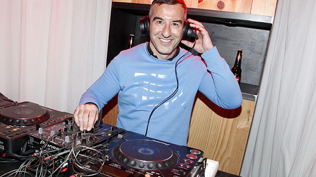 Abel Arana fue el Dj elegido para una noche llena de moda