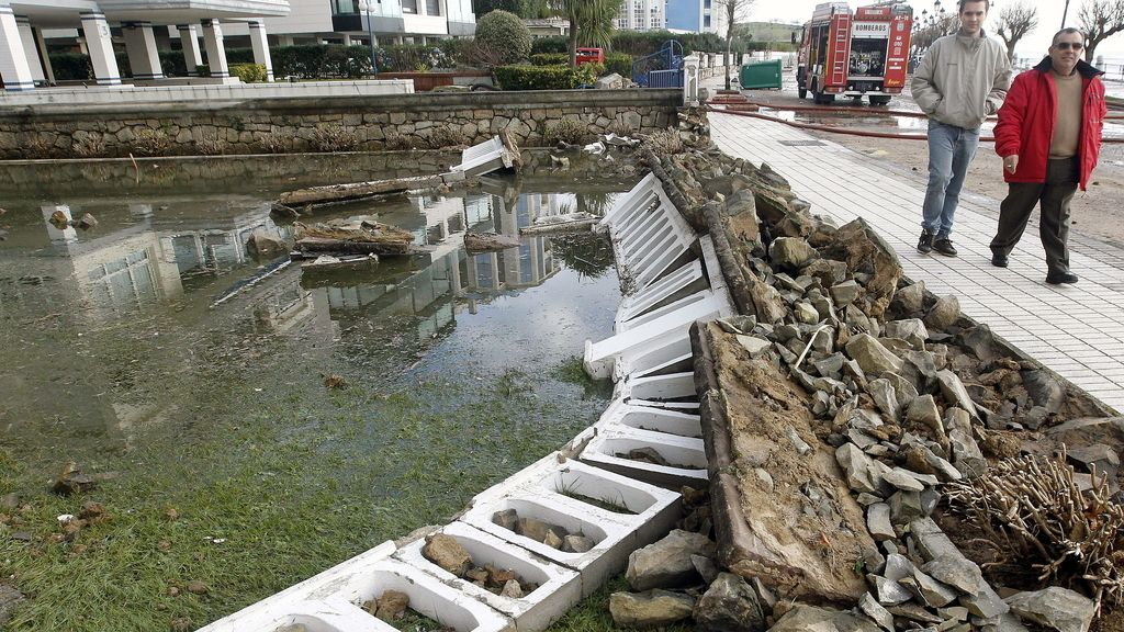 Destrozos en Santander por el temporal
