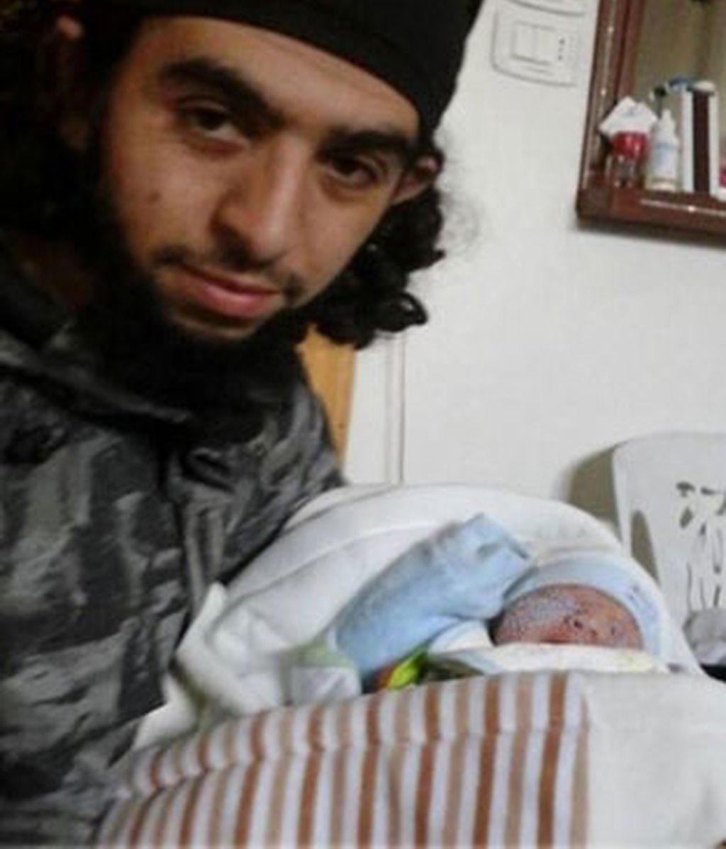 Nace en Siria el primer bebé español fruto del matrimonio entre una ceutí y un yihadista