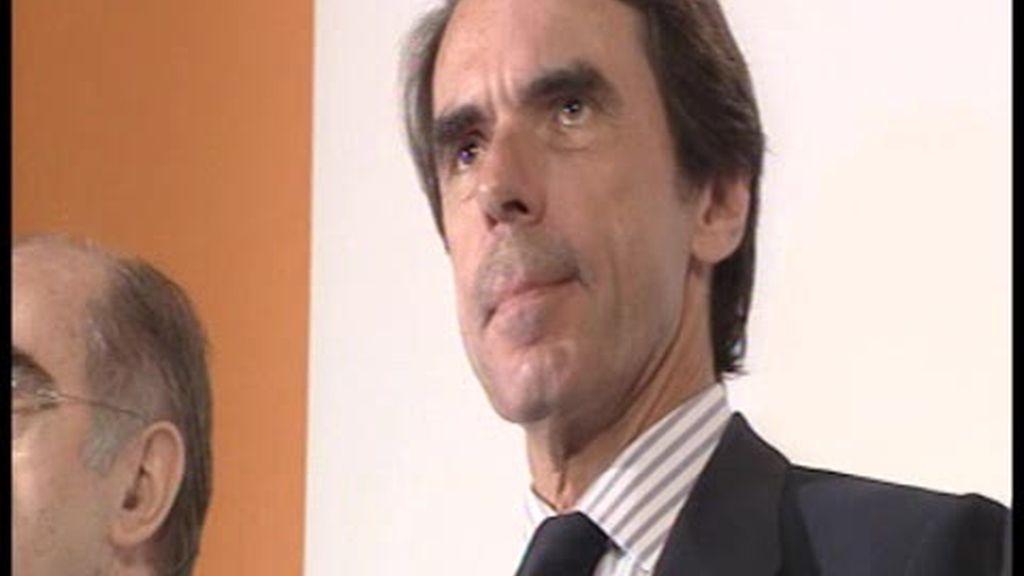Aznar pide más nucleares