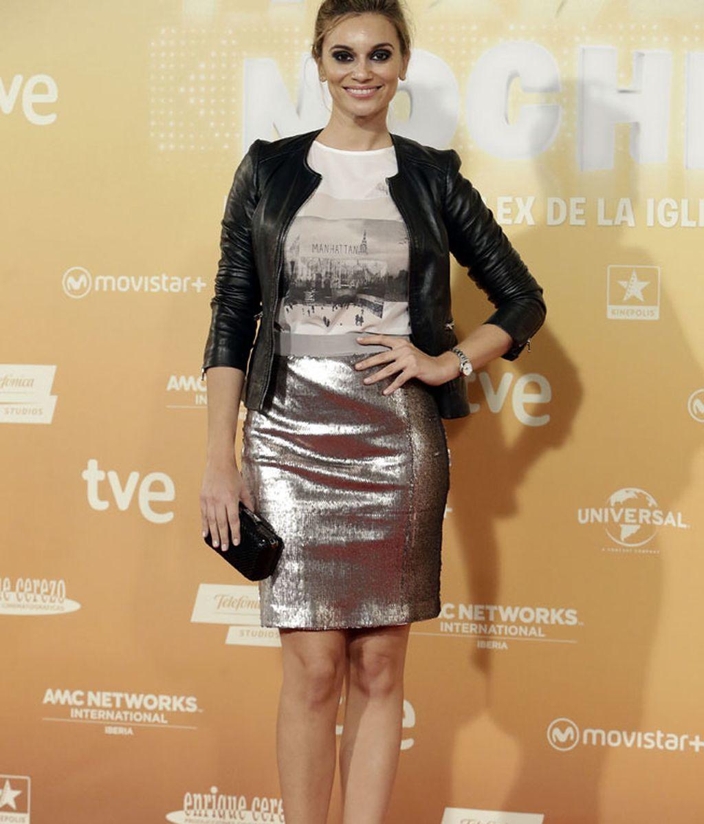 Norma Ruíz eligió camiseta de Promod y falda brillante de Bruna