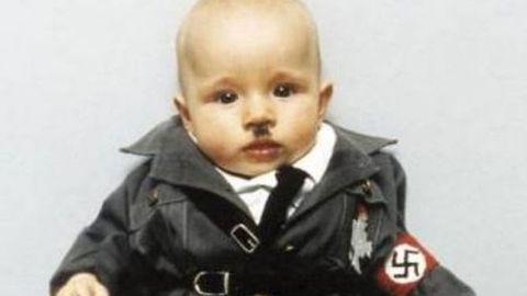 Resultado de imagen para bebé hitler