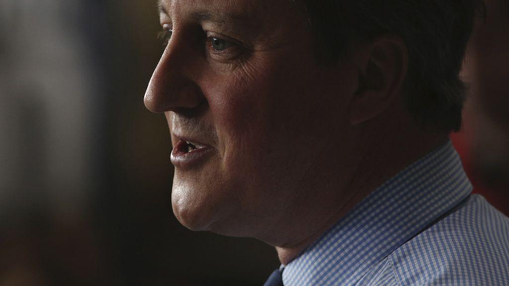 Las redes estallan pidiendo la dimisión del primer ministro inglés, David Cameron