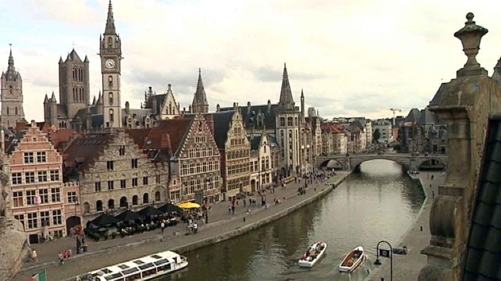 'Callejeros Viajeros' navega por los 'Canales de Bélgica'