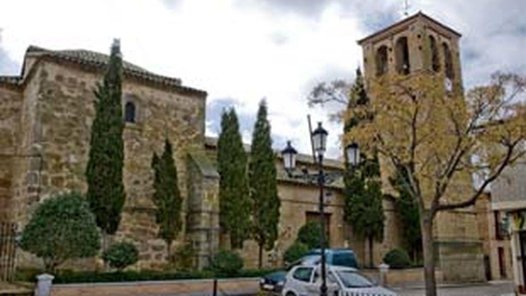 El Arzobispado de Toledo ya ha cesado al párroco. Video: Informativos Telecinco.