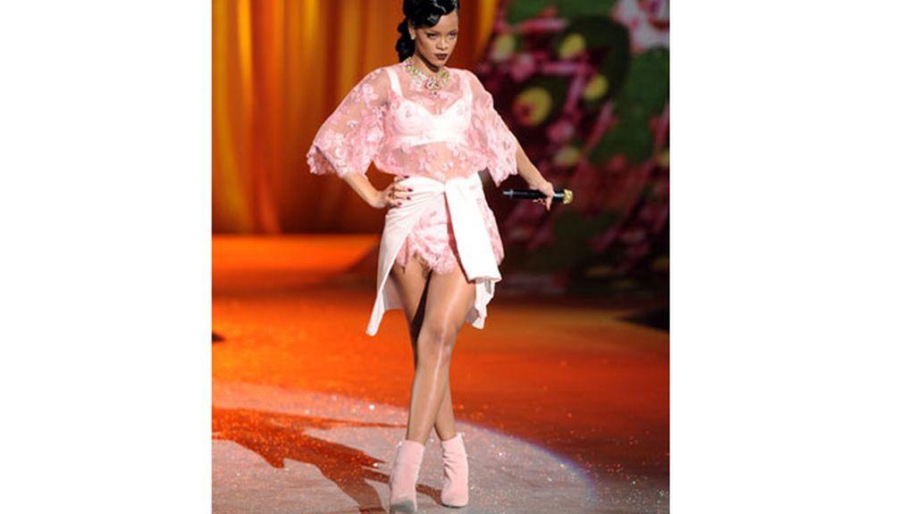 Rihanna, otro ángel de Victoria's Secret