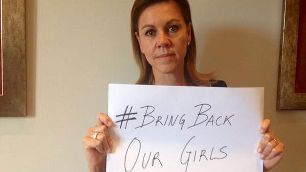 """Cospedal se suma a la campaña """"devolvednos a nuestras niñas"""""""