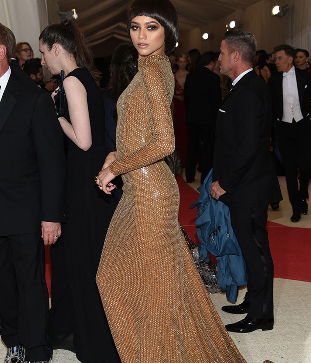 Zendaya con vestido de Michael Kors