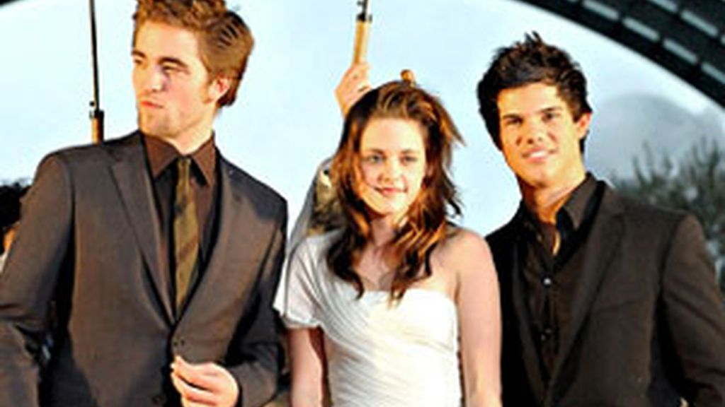 Robert Pattinson, Kristen Stewart y Taylor Lautner. Foto: Archivo.