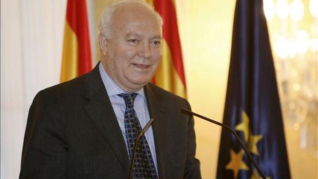El PSOE pide un impulso de la dimensión europea de la política exterior española. En la imagen, el ministro de Asuntos Exteriores, Miguel Angel Moratinos, durante una intervención. EFE/Archivo